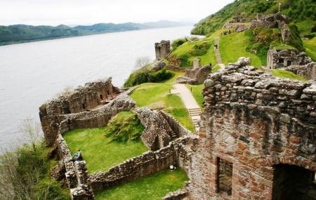 Urquhart Castle Image