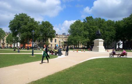 Queen Square Image