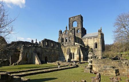 Kirkstall Abbey Image