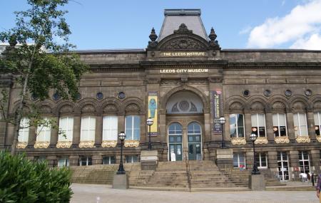 Leeds City Museum Image