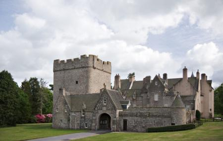 Drum Castle, Garden & Estate Image