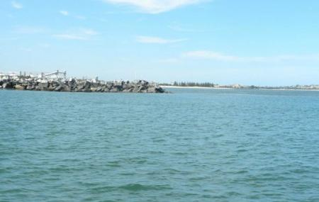 Koombana Beach And Bay Image