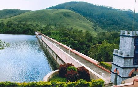 Mullaperiyar Dam Image
