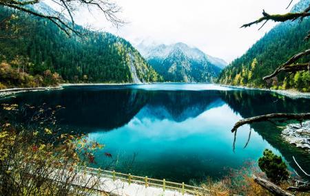 Long Lake Image