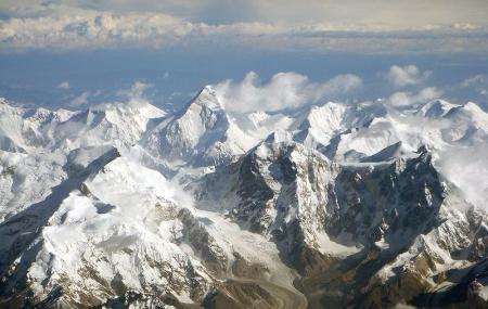 Tianshan Mountains Image