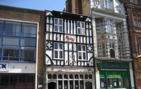Red Lion Pub Image