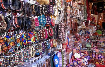 Filipino Market Image