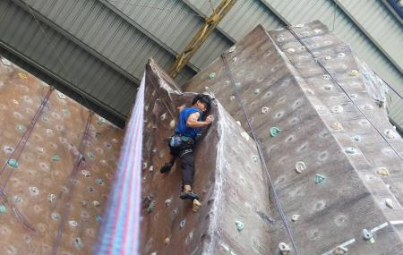 Sabah Indoor Climbing Centre Image