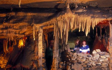 Raccoon Mountain Caverns Image