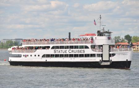 Statue Cruises Image