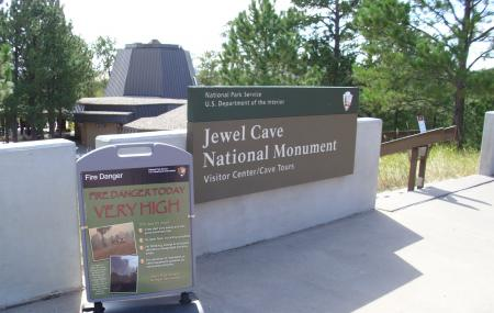 Jewel Cave National Monument Image