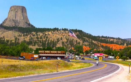 Devils Tower Trading Post, Devils Tower
