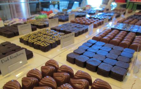 Angell & Phelps Chocolate Factory Image