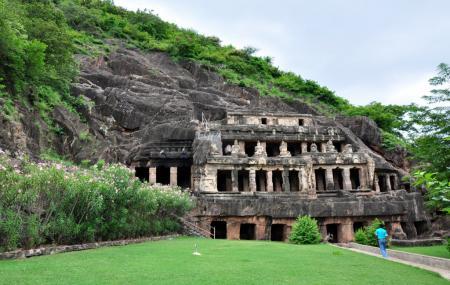 Undavalli Caves Image