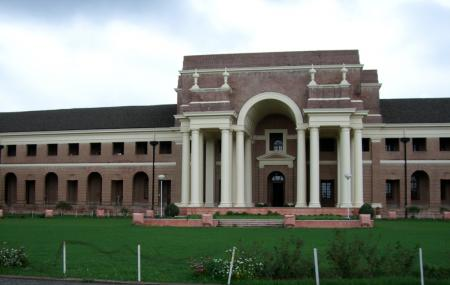 Forest Research Institute Image