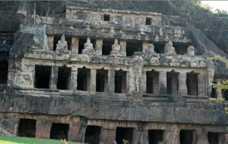 Mogalarajapuram Caves Image