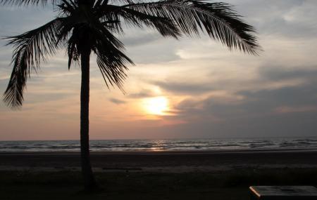 Luak Esplanade Image