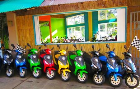 Maui Scooter Shack Image