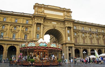 Piazza Della Repubblica Image