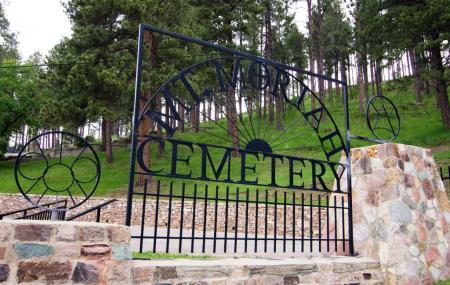 Mount Moriah Cemetery Image