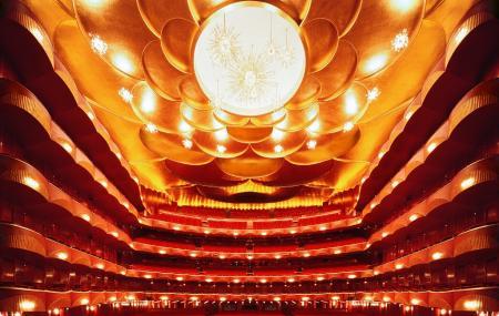 Metropolitan Opera House Image