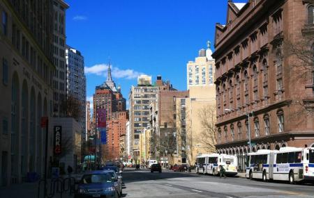 North 6th Street Image
