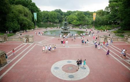 Bethesda Terrace And Fountain Image