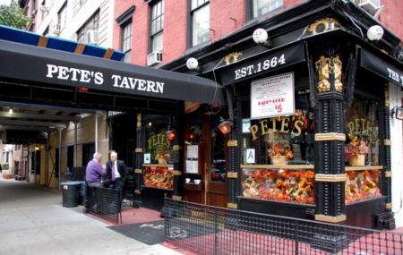 Pete's Tavern Image