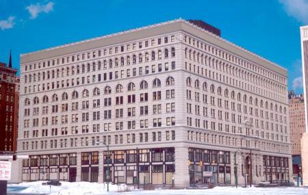 Ellicott Square Building Image