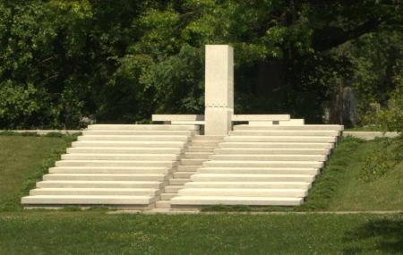 Blue Sky Mausoleum Image