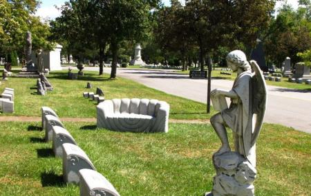 Forest Lawn Cemetery Image