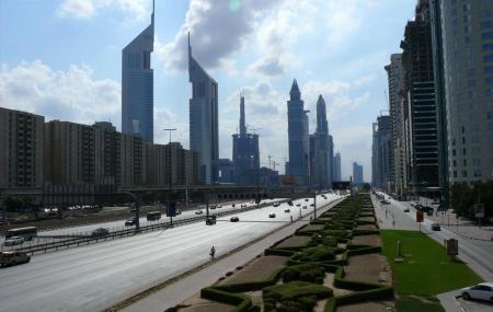 Sheikh Zayed Road Image