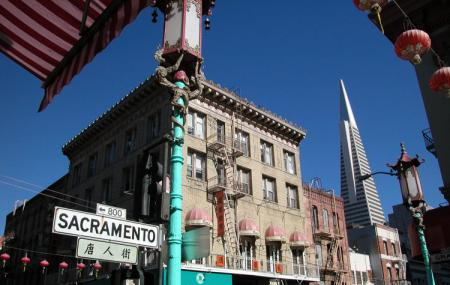 Sacramento Street Image