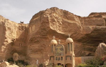 Cave Church Image