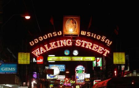 Walking Street Image