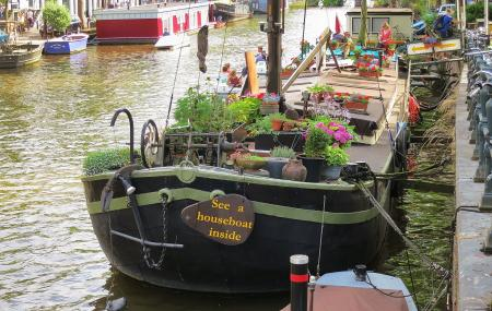 Houseboat Museum Image