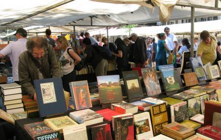 Boekenmarkt Op Het Spui Image