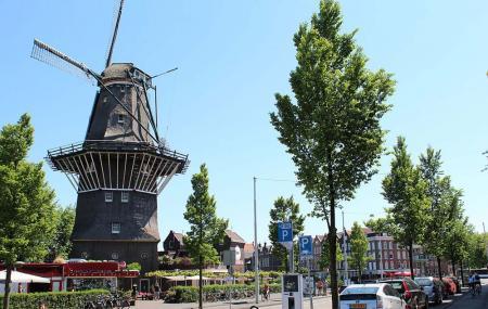 De Gooyer Windmill Image