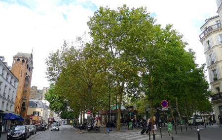 Place Des Abbesses Image