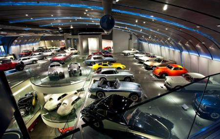 Hellenic Motor Museum Image