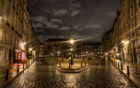 Place Dauphine Image