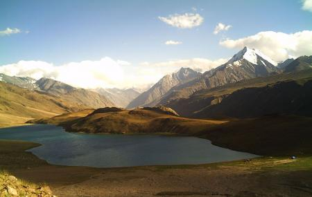 Beas Kund Or Chandratal Lake Image