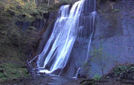 Masumi Waterfall Image