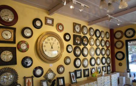 Lavish Antique Clocks Image