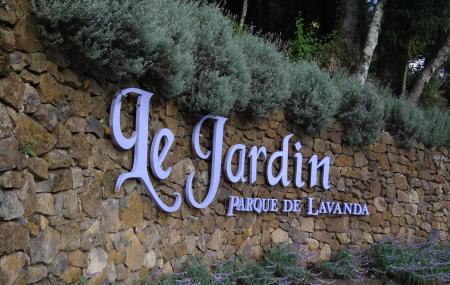 Le Jardin Parque De Lavanda Image