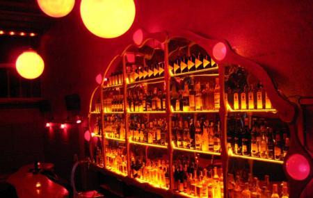 Rubi Bar Image
