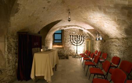 Antigua Sinagoga Mayor De Barcelona Image