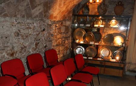 Ancient Synagogue Image