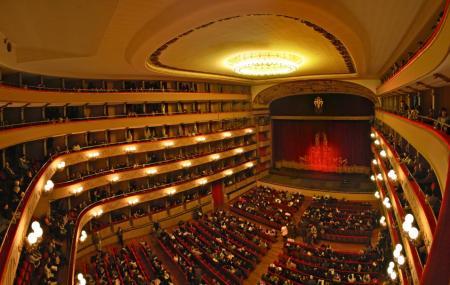 Teatre Tivoli Image