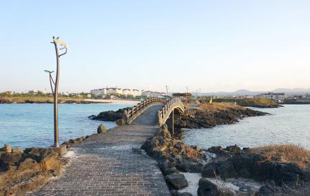 Hamdeok Beach Image